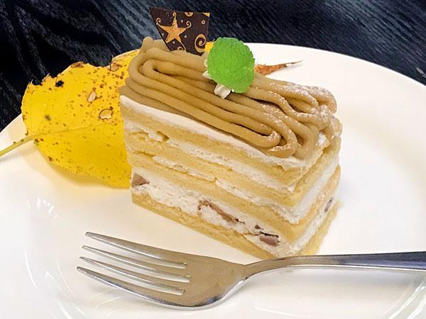 秋限定:ガトーマロンのカットケーキ
